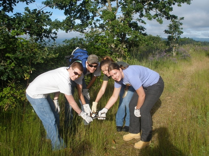 Youth crew at William L. Finley Refuge 2010