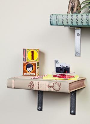 Diy Turn Old Books Into A Bookshelf The Green Life