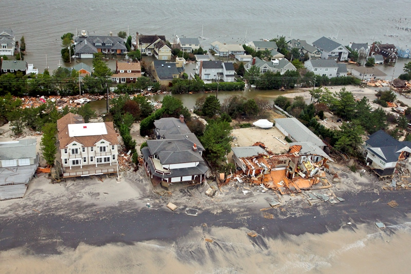 121030-F-AL508-081c_Aerial_views_during_an_Army_search_and_rescue_mission_show_damage_from_Hurricane_Sandy_to_the_New_Jersey_coast,_Oct._30,_2012