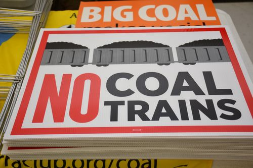 La coal export signs